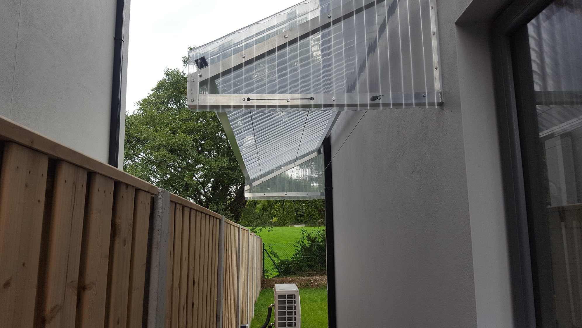 Side Slley Narrow Clothesline Canopy 2